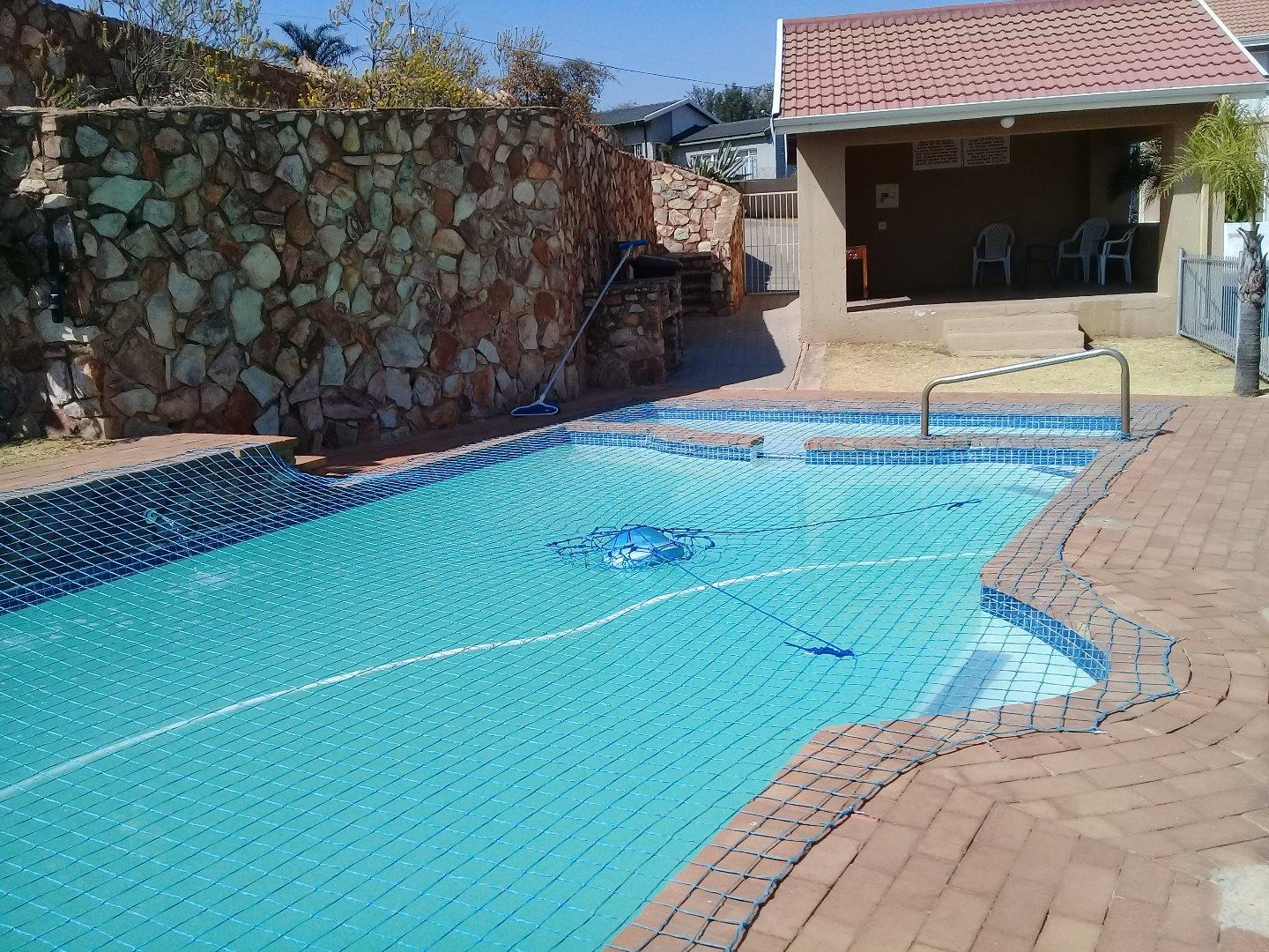2 Bedroom Townhouse for Sale in Kenmare, Krugersdorp - Gauteng
