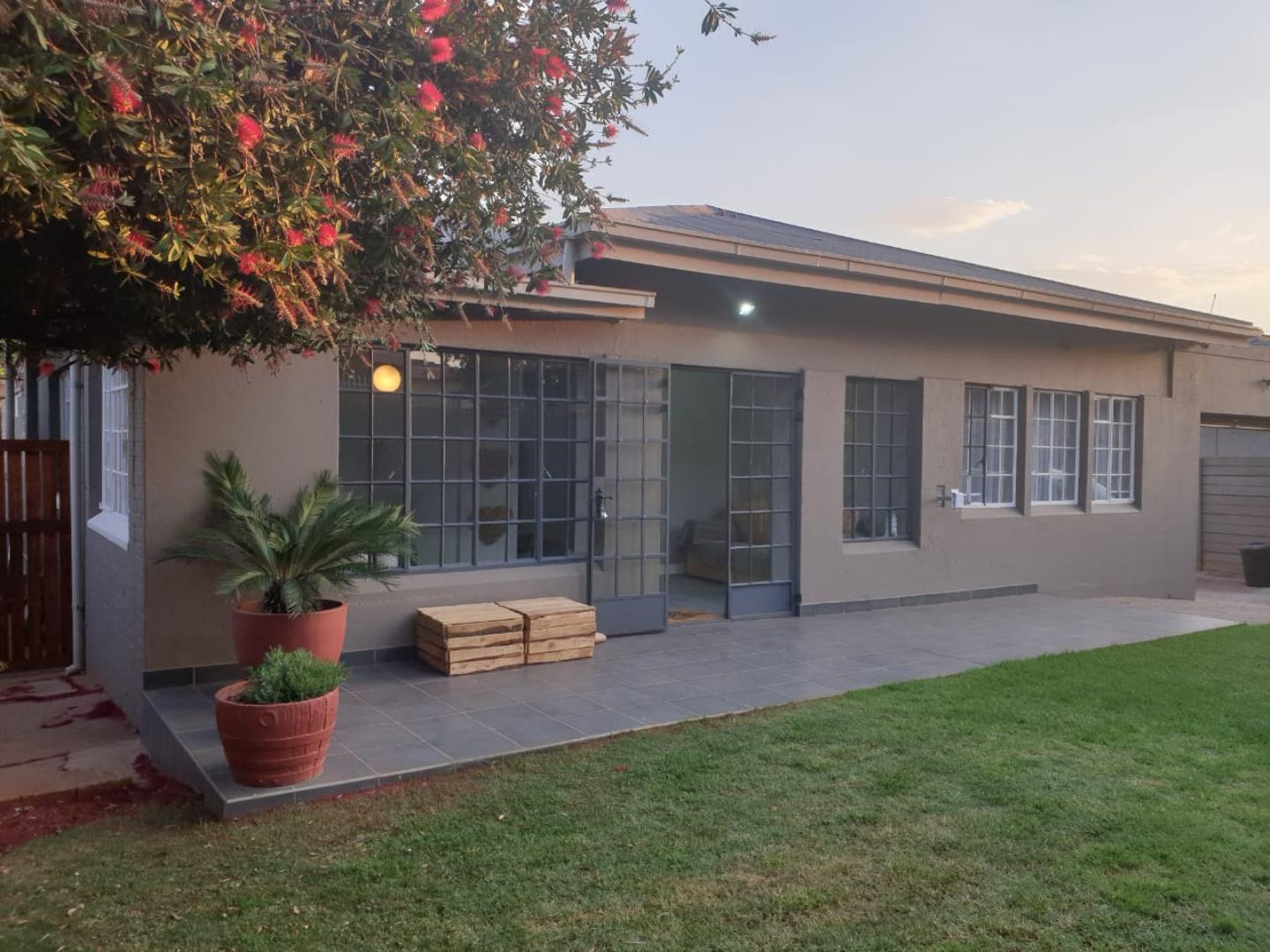 3 Bedroom House for Sale in Florida, Roodepoort - Gauteng