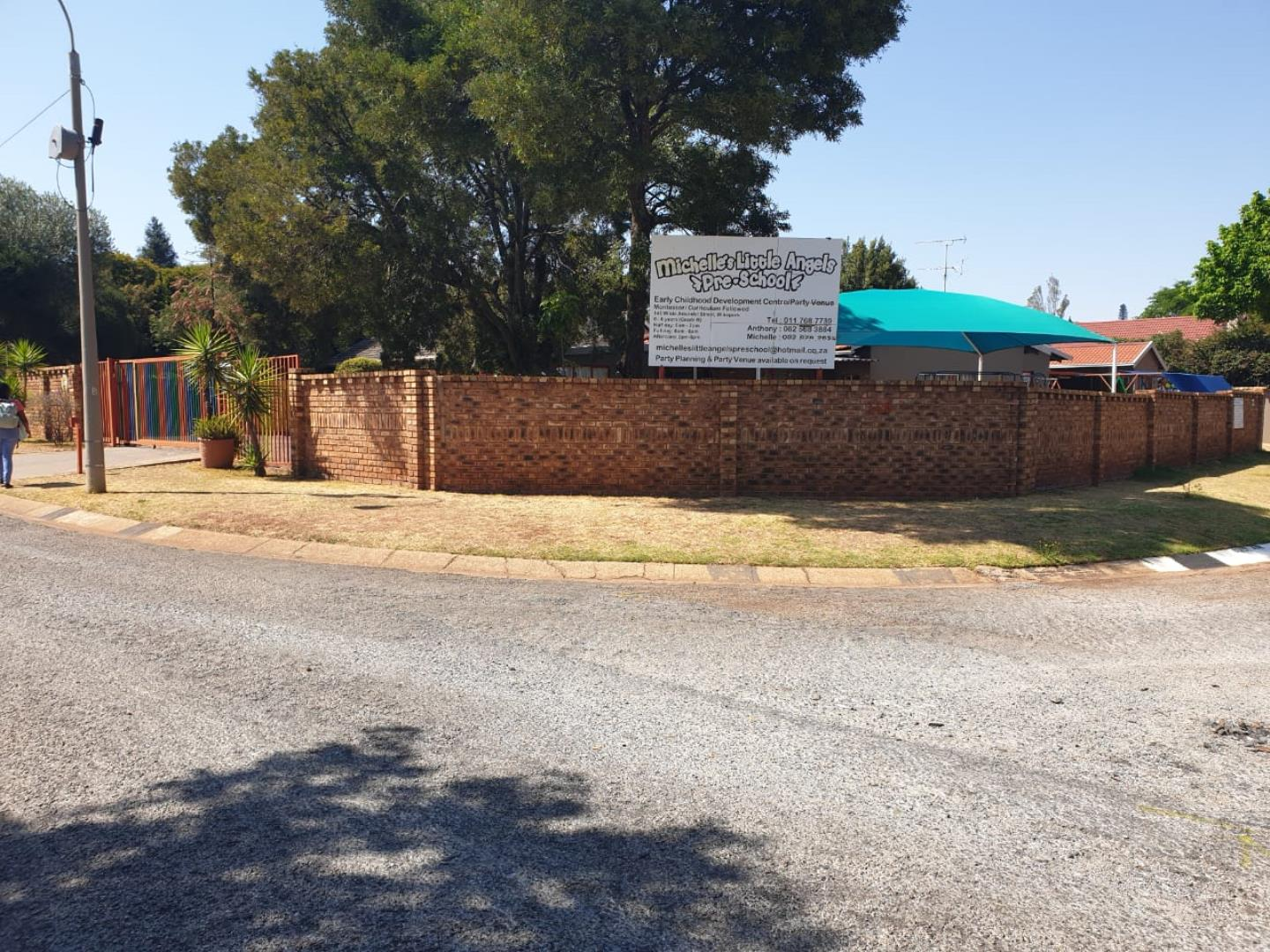 Commercial Property for Sale in Wilro Park, Roodepoort - Gauteng