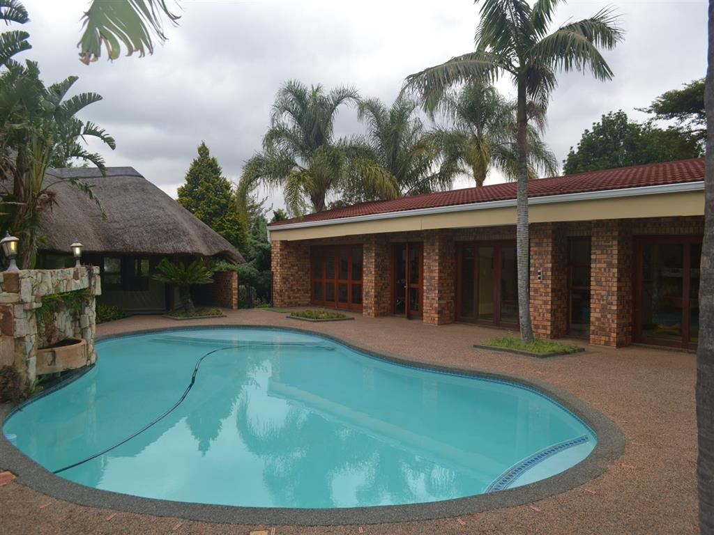 4 Bedroom  House for Sale in Roodepoort - Gauteng