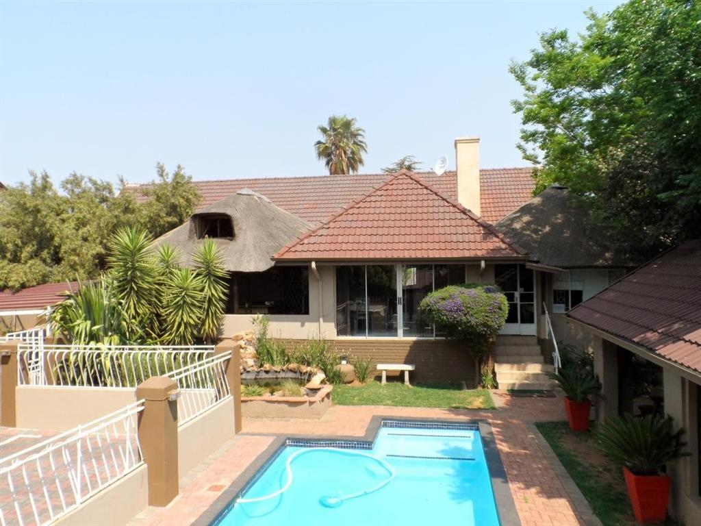 17 Bedroom  House for Sale in Krugersdorp - Gauteng