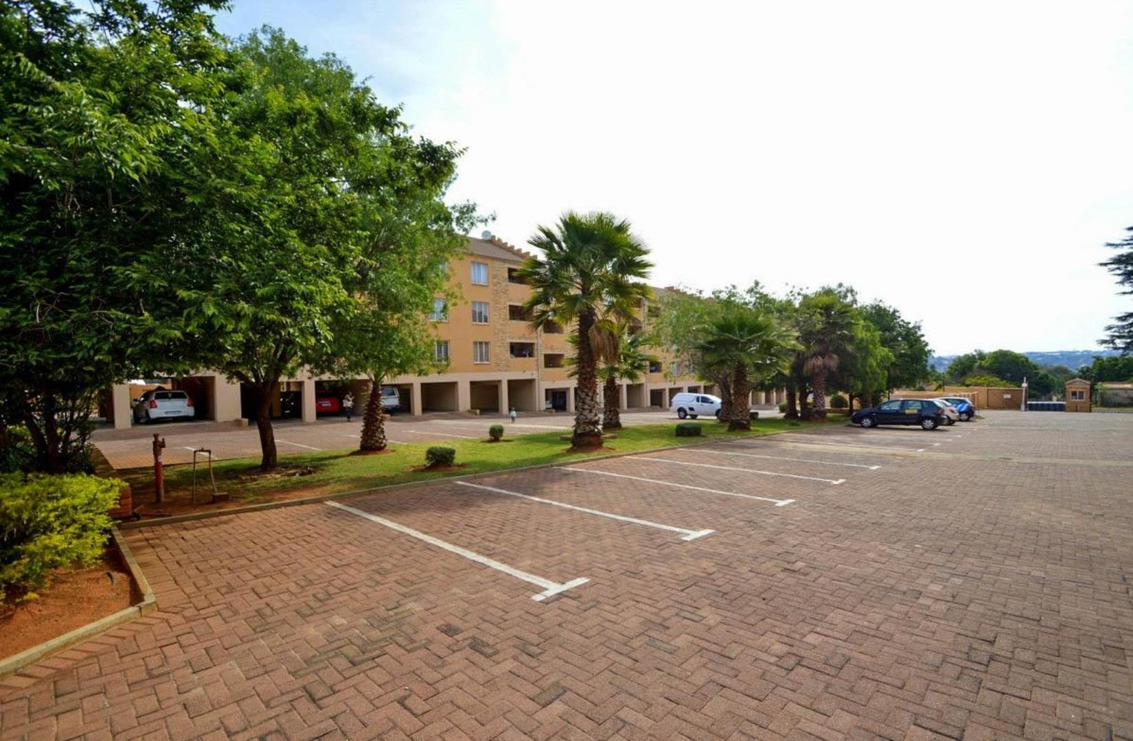 2 Bedroom  Apartment for Sale in Roodepoort - Gauteng