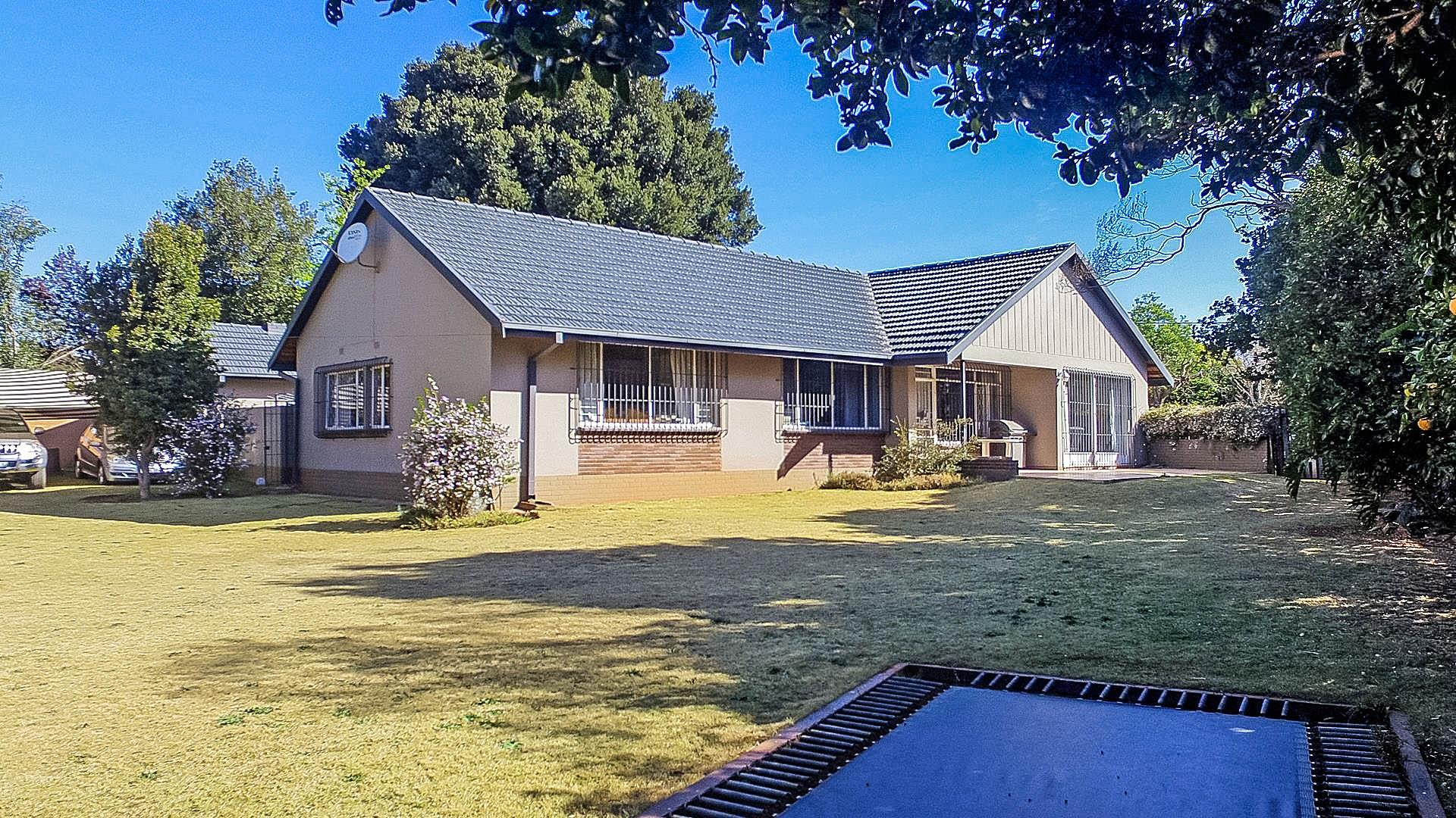 3 Bedroom House for Sale in Florida Park, Roodepoort - Gauteng
