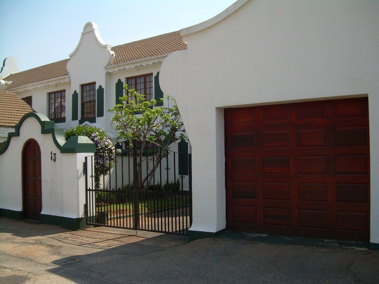 3 Bedroom  Apartment for Sale in Roodepoort - Gauteng