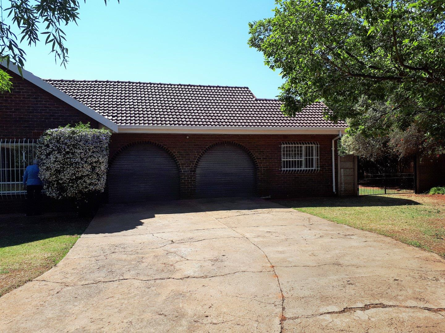 4 Bedroom  House for Sale in Randfontein - Gauteng