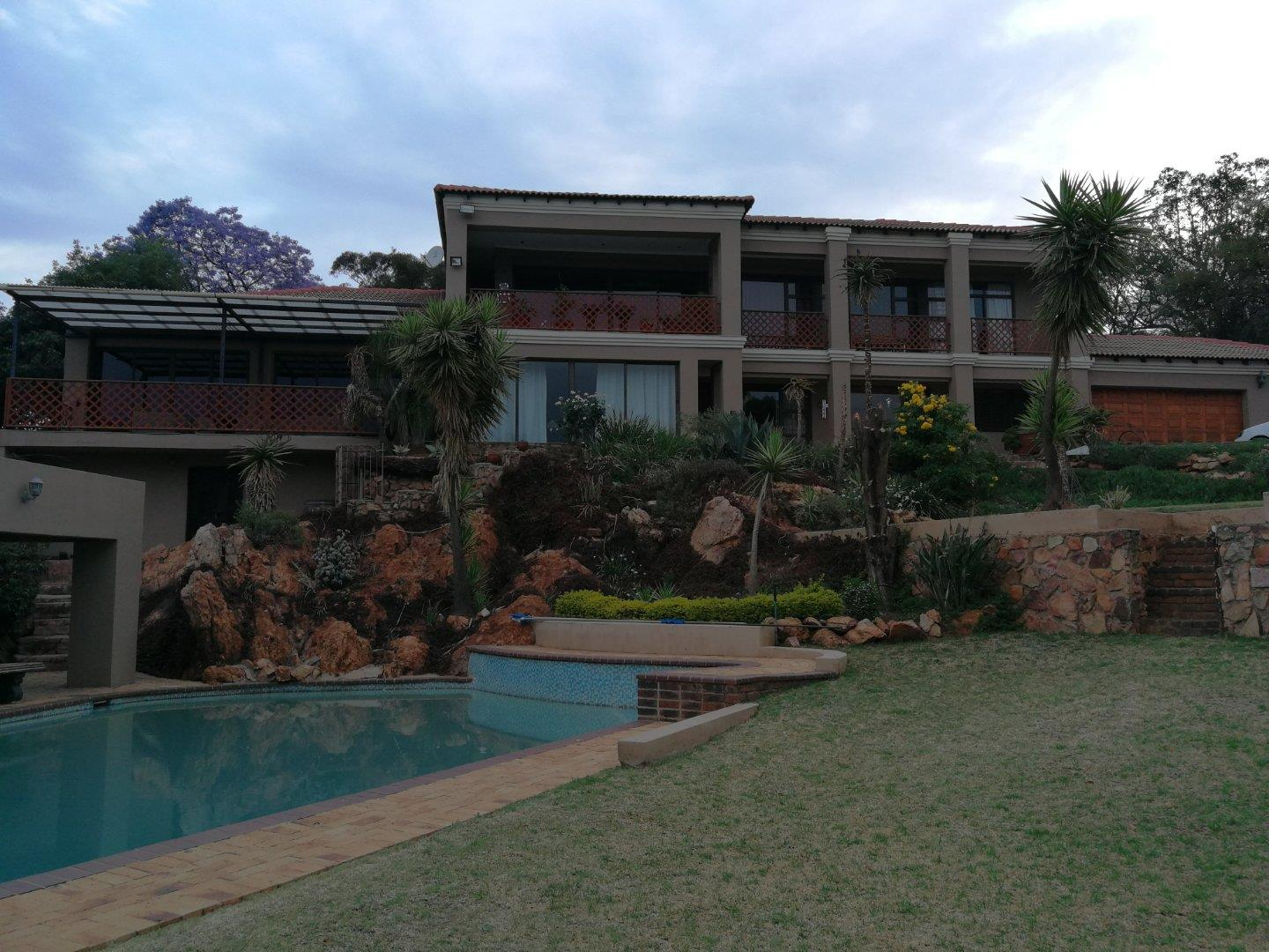 6 Bedroom  House for Sale in Krugersdorp - Gauteng