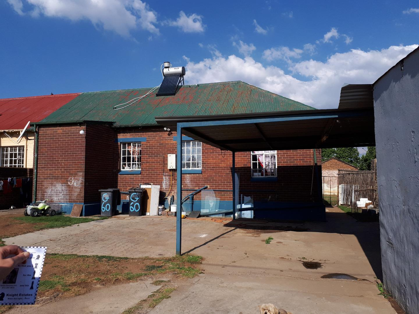 4 Bedroom  House for Sale in Krugersdorp - Gauteng
