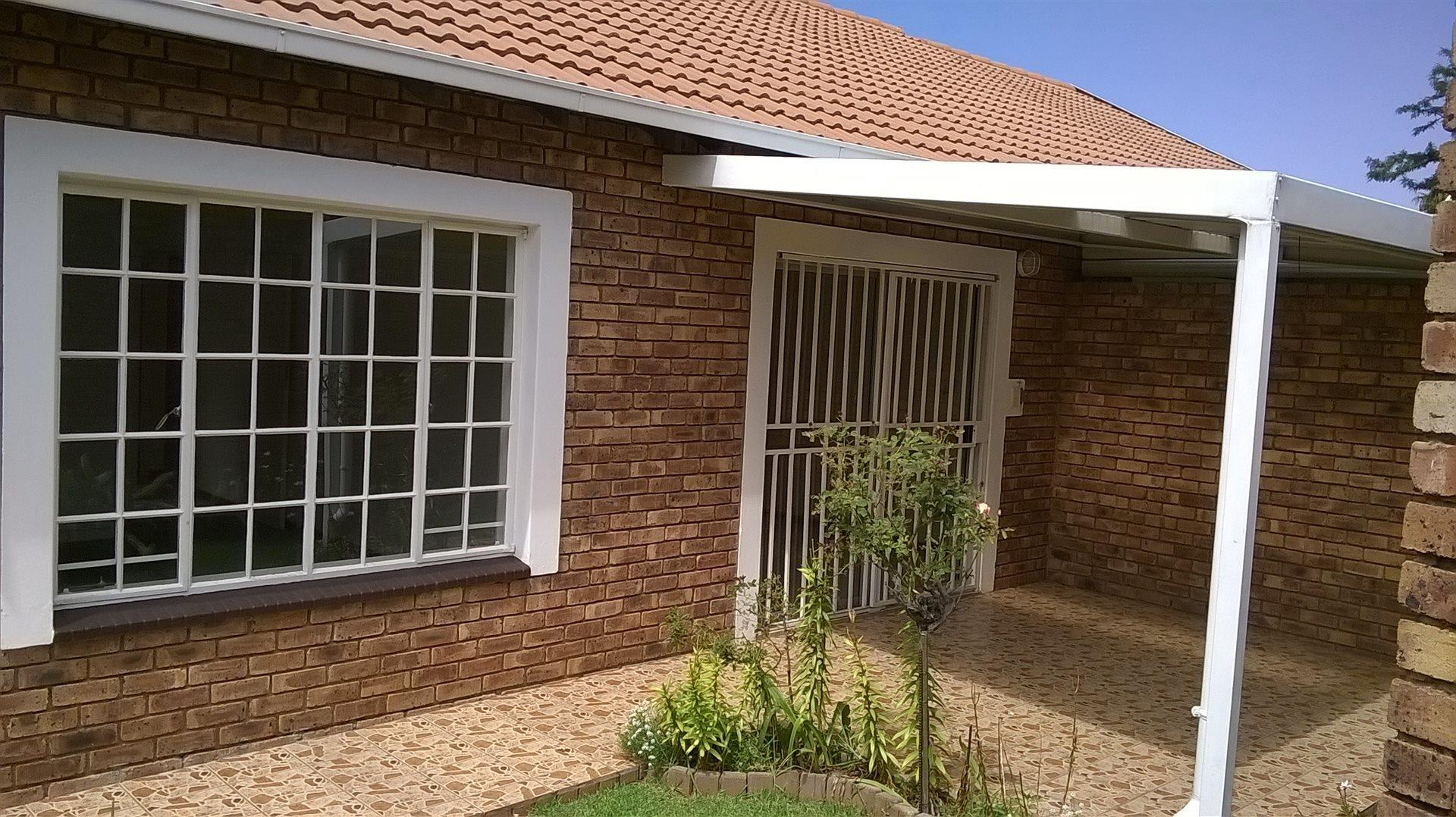 Retirement Village for Sale in Wilro Park, Roodepoort - 75185