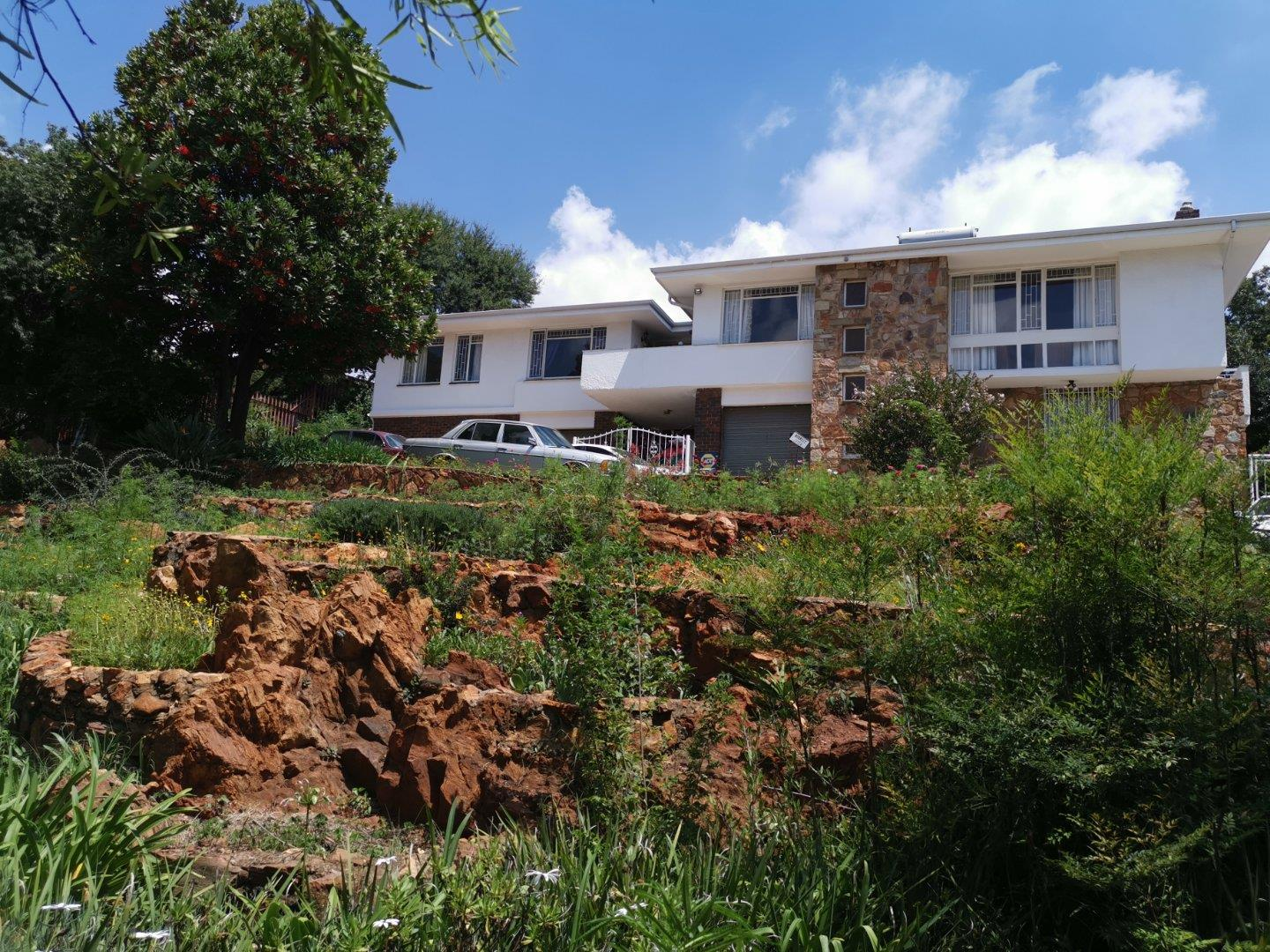3 Bedroom House for Sale in Wilro Park, Roodepoort - Gauteng