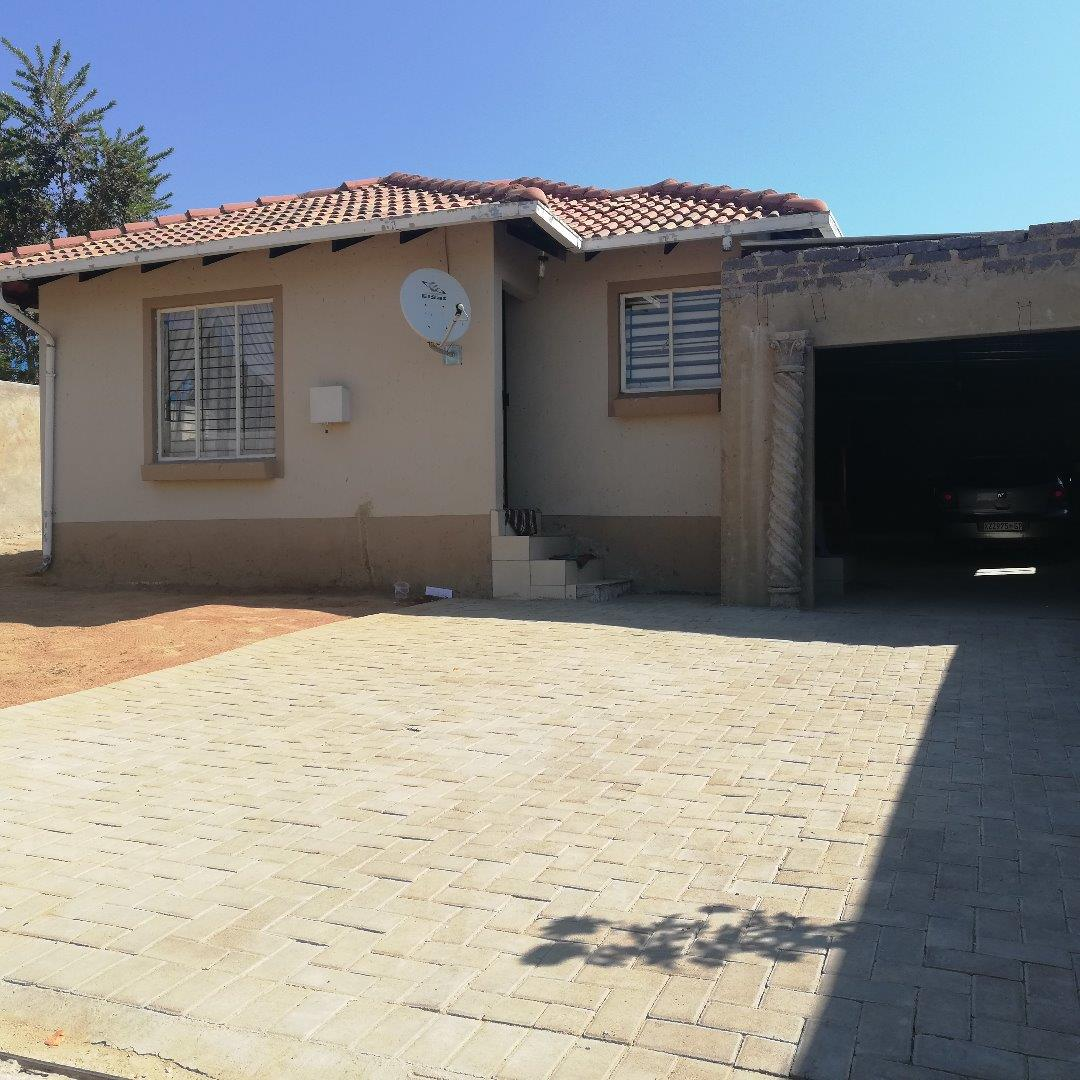 3 Bedroom House for Sale in Cosmo City, Roodepoort - Gauteng