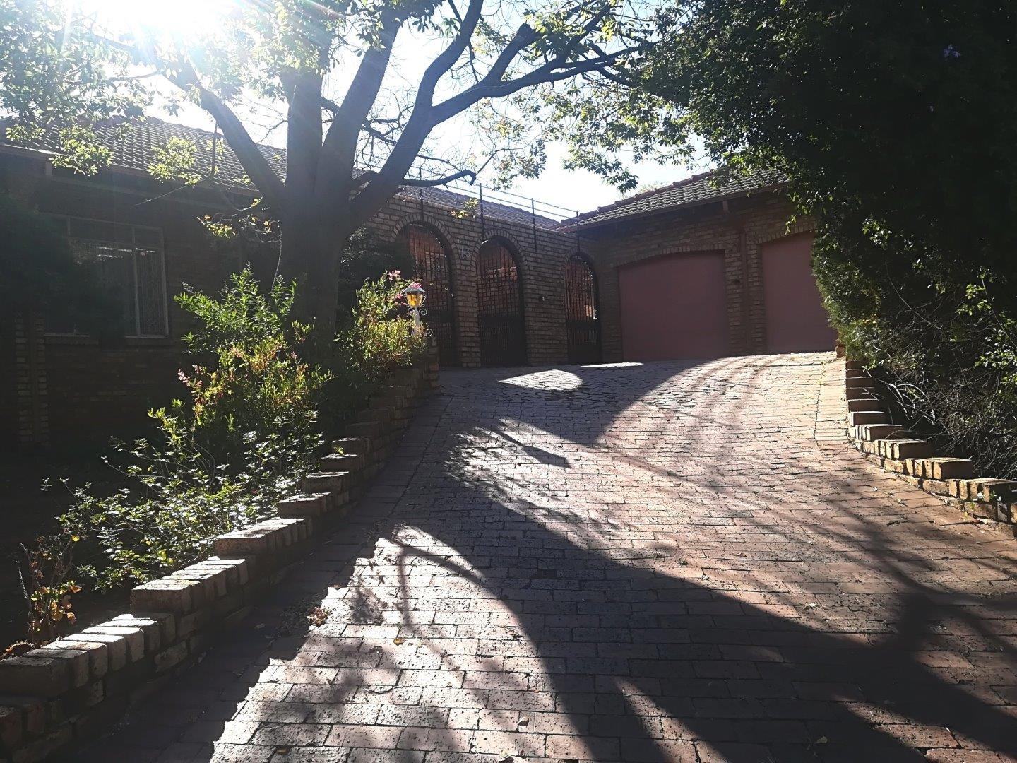 3 Bedroom House for Sale in Kloofendal, Roodepoort - Gauteng