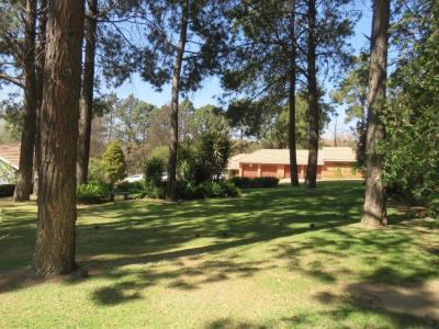 4 Bedroom House for Sale in Zonnehoewe A H, Roodepoort - Gauteng