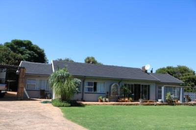 4 Bedroom House for Sale in Greenhills, Randfontein - Gauteng